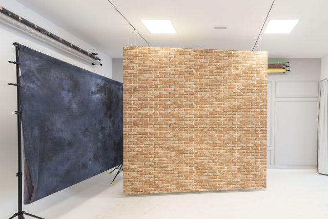 Bastidor con vinilo pared de ladrillo texturizado